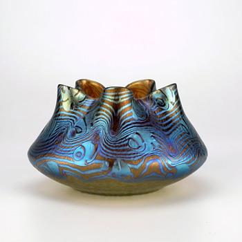 Loetz Argus AKA Phänomen Genre  2/351 circa 1898 - Art Glass