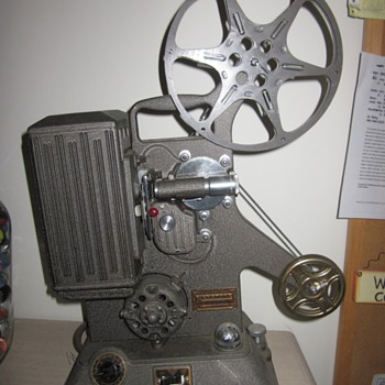 Keystone Projector Model R-8, dated (1939) - Cameras
