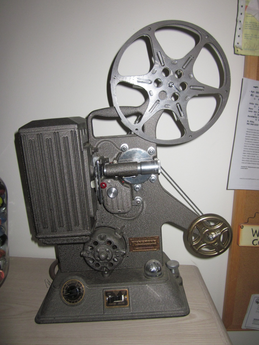 Keystone Projector Model R-8, dated (1939) | Collectors Weekly