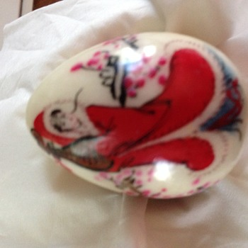 Small heavy egg, japanese hand painted