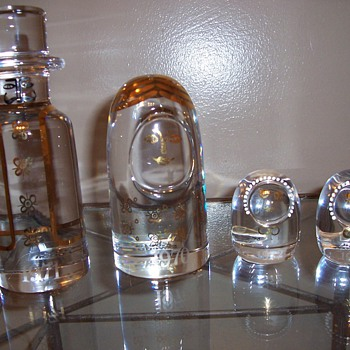 "Kosta Boda Glass ""Family"" Set - Art Glass"