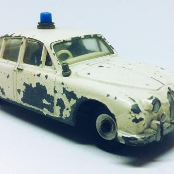 Dinky Toys Jaguar 3.4ltr - Model Cars