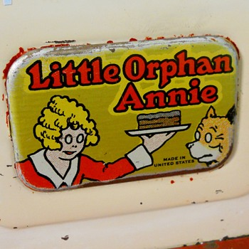Little Orphan Annie, Double Oven Cook Top Toy, 1930-40 - Kitchen