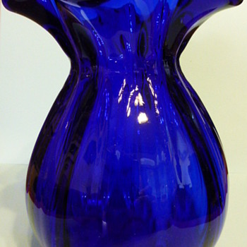 Unmarked cobalt glass vase - Art Glass