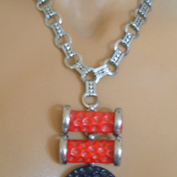 My curious machine age necklace