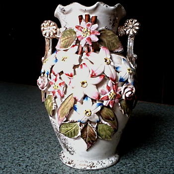 English Majolica Vase with Applied Flowers / Circa 1930's - Pottery