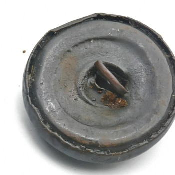 Button id. - Military and Wartime