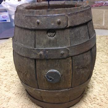 F. MILLER Oak Bar Keg - Breweriana