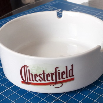 Chesterfield porcelain.   - Tobacciana