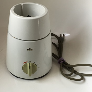 Braun AG Blender  Model MX 32 CDN.