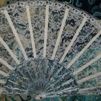 Antique fan and plate - Victorian Era