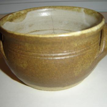 Small Ceramic dish - China and Dinnerware