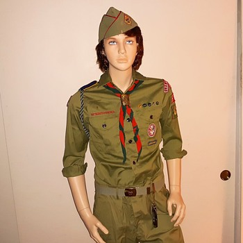 Saturday Evening Scout Post 1960s Boy Scouts Uniform With the Rank of Eagle - Medals Pins and Badges