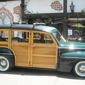 Lake Arrowhead Woodie and Antique Boat Show - Classic Cars