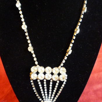 Rhinestone necklace - Costume Jewelry