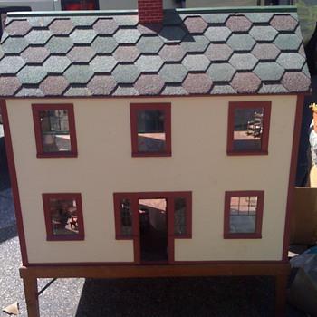 vintage doll house  - Dolls
