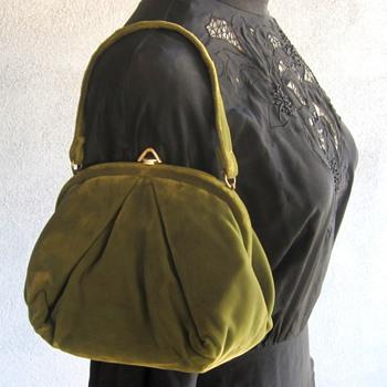 """1940's Olive Green Velvet Handbag """"IDEAL"""""""
