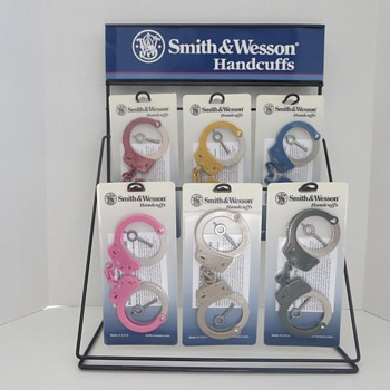 Smith & Wesson Handcuff Store Display Counter Stand - Advertising
