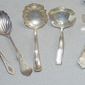 Unigue Sterling spoons set of 5 - Silver