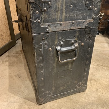 Taylor trunk for a cord circuit test set?? - Furniture
