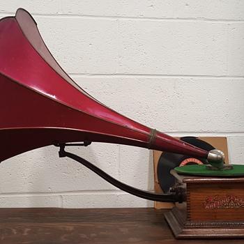 1907/08 Aretino phonograph (1st run)   - Electronics