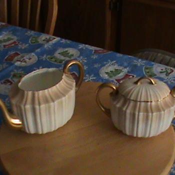 Royal Daulton Teapot & Creamer - China and Dinnerware