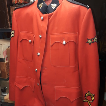 crimson RCMP jacket/uniform - Mens Clothing