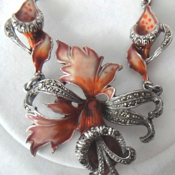 Silver enameled  flower Art Nouveau necklace with Marcacites  - Fine Jewelry
