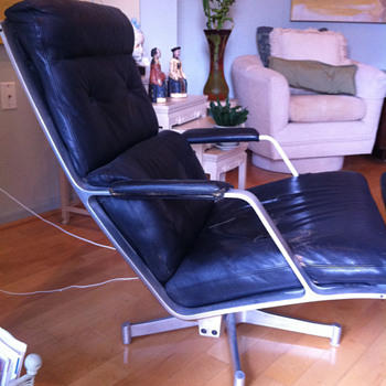 Early Eames chair or not?