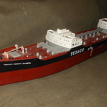 Texaco Toy Tanker North Dakota 1961 or So - Toys