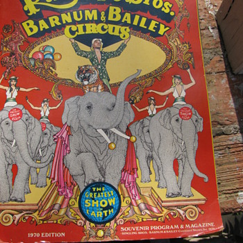 1970 Ringling Brothers Barnun & Bailey Circus Souvenir Program & Magazine - Paper