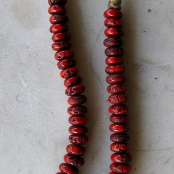 Red glass faux coral beads from Nepal - Fine Jewelry