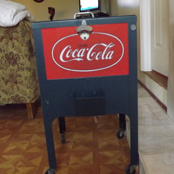 Reproduction coca cola cooler - Coca-Cola