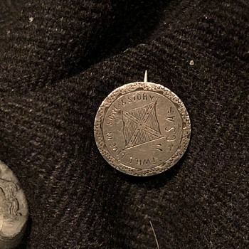 """""""Twill Live In Song and Story"""" CSA Pin 1897 Barber Dime - Military and Wartime"""