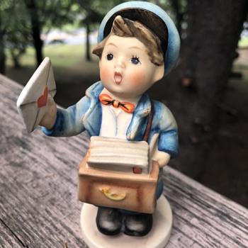 Hummel Postman Figurine - Figurines