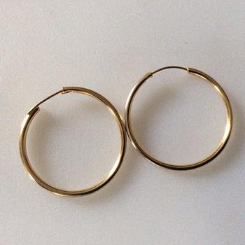 Vintage gold earrings - Costume Jewelry