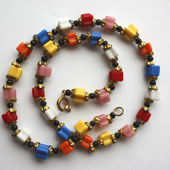 Harlequin necklace, 1920/1930s Czechoslovakia - Costume Jewelry