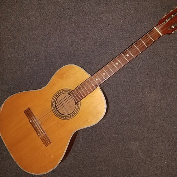 Old kawai guitar no label
