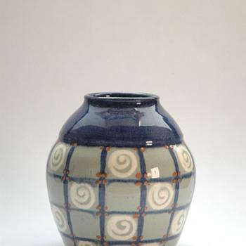 smalll art deco elchinger pottery vase-) - Art Deco