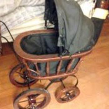 1800's era wood/wicker baby doll buggy - Victorian Era