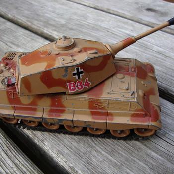 tiger tank toy by gorgi 80s - Model Cars