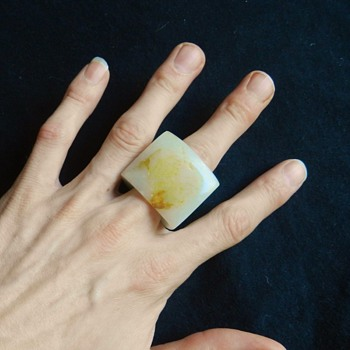 "Chinese White Jade ""Archer's Ring"" Mutton Fat ""Skin"""