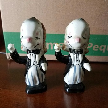 Vintage 'Formal Conductors' dog set - salt & pepper shakers? from Grandmother's 30 yr dog collection