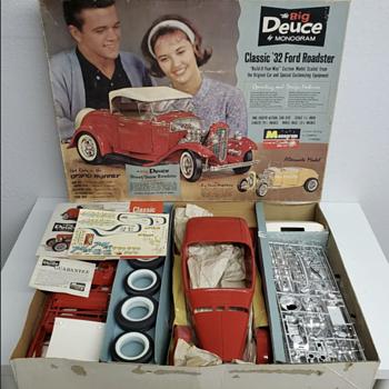 Vintage 1963 Monogram 1/8th Scale The Big Deuce '32 Ford Roadster Model Kit - Model Cars