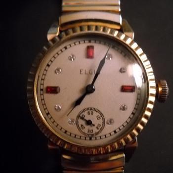 Elgin Watch- garnet and diamond  - Wristwatches