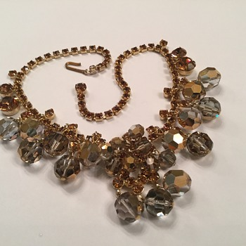 D & E SMOKEY GRAY & AMBER SET - Costume Jewelry