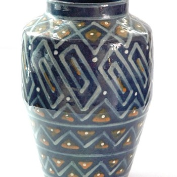 large art deco geometrical vase by leon elchinger - Pottery