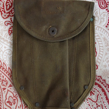 MILITARY BAG? - Military and Wartime