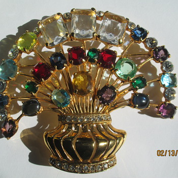 Eisenberg massive brooch - Costume Jewelry