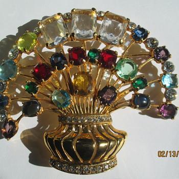 Eisenberg massive brooch - Costume Jewelry